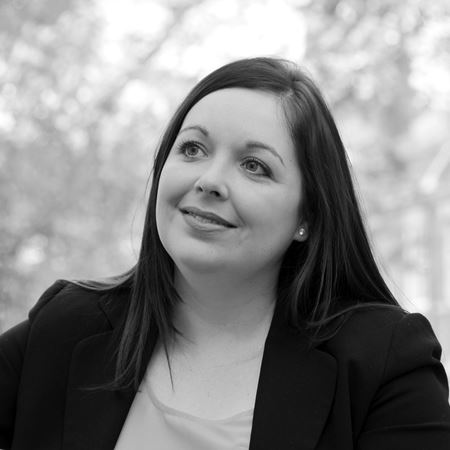 Our Lawyers - Lindsay Macdonald (1)